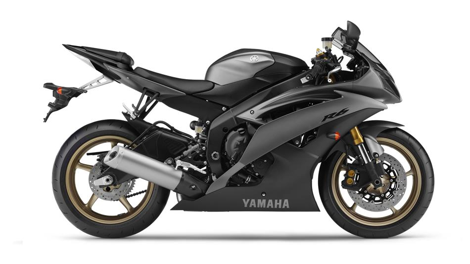 /photos-motos/Yamaha/R6/2015-Yamaha-YZF-R6-EU-Matt-Grey-Studio-002